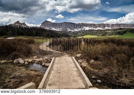 Hiking Trail In The Brooks Lake Area, In Shoshone National Forest Near Dubois Wyoming. Pinnacle Butt