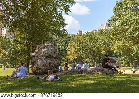 New York, Ny / Usa - July 24, 2019: At The Precise Geographical Center Of Central Park Is One Of The