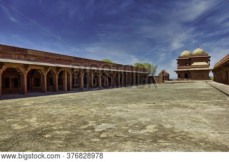 Agra, India - April 10,2014: Fatehpur Sikri A Small City In Northern India In The West Of Agra, Foun