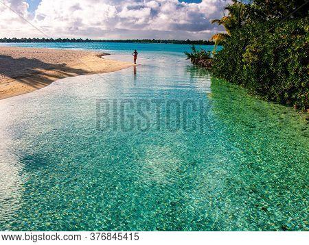 Bora Bora French Polynesia Lagoon Water Beach