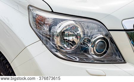 Car Headlight, Reflection Technology, Led System, Travel, Use, Chrome, Reflection, Reflection