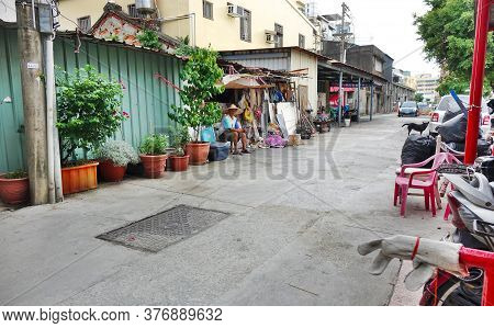 Kaohsiung, Taiwan -- July 17, 2017: A Quiet Back Street In One Of The Traditional Neighborhoods Of T