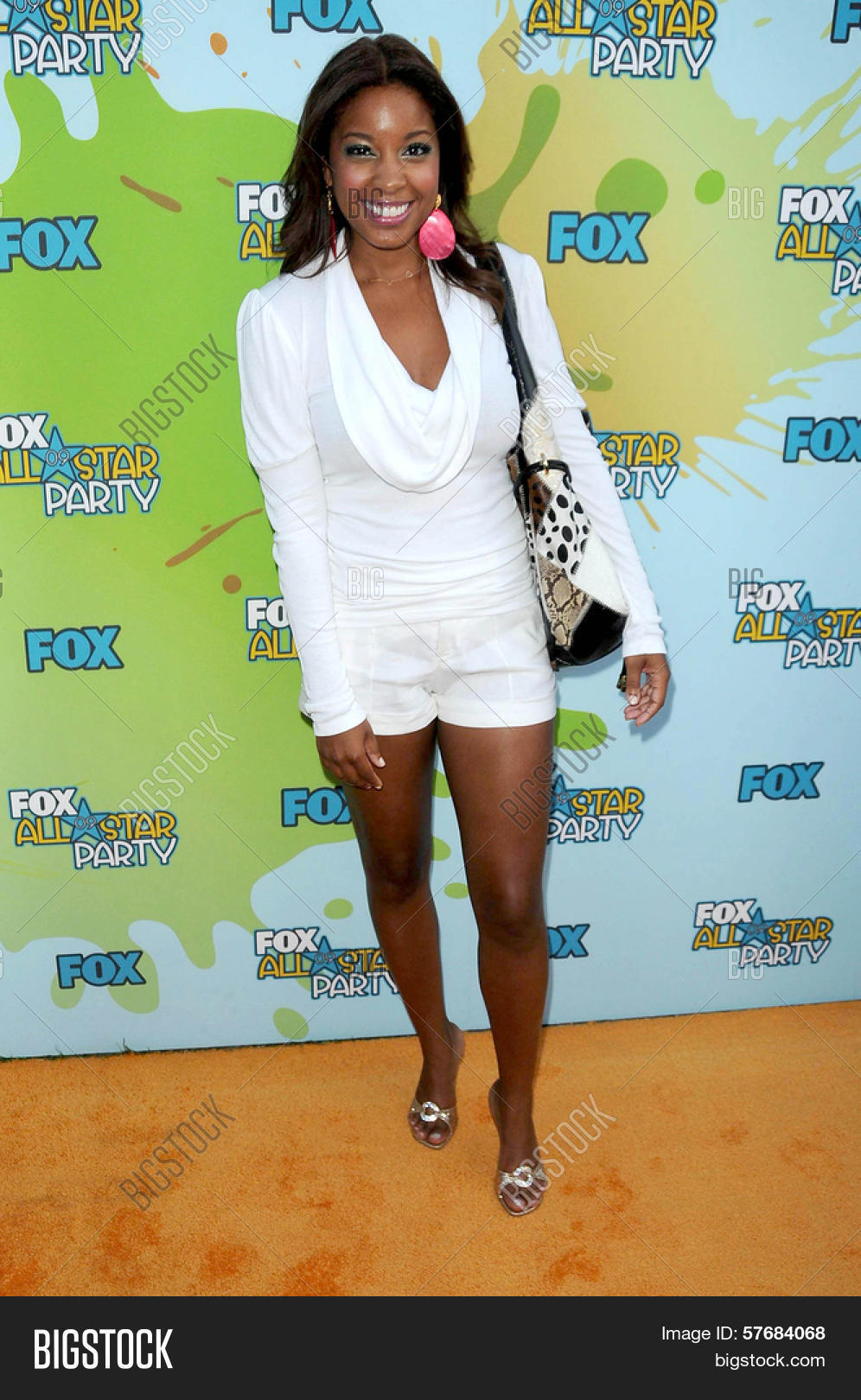 Reagan Gomez-Preston Nude Photos 22