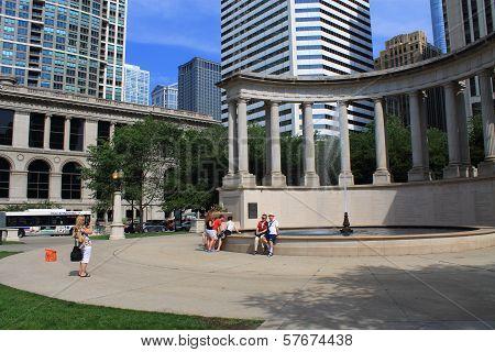 Chicago Wrigley Square In Millenium Park