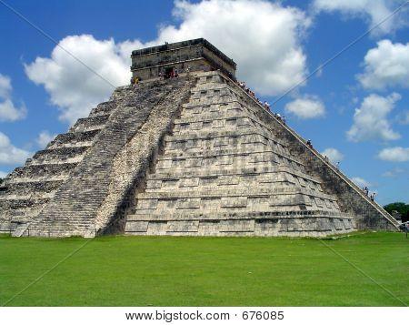 Chichen-Itza El Castillo
