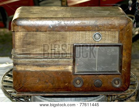 old wooden radio at the antique fair poster