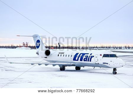 Utair Bombardier Canadair Regional Jet Crj-200Lr