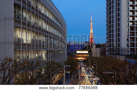 Tokyo tower landmark and business building in roppongi area at twilight