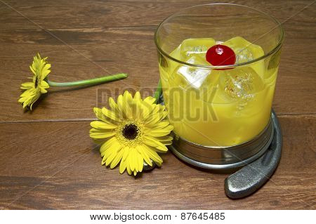 Black Eyed Susan Cocktail And Flower With Horseshoe