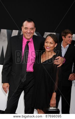 LOS ANGELES - AUG 11:  Tom Sizemore, Toni Henderson at the