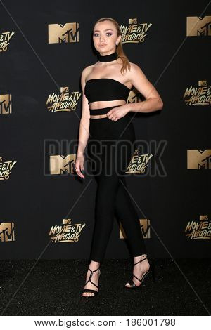 LOS ANGELES - MAY 7:  Peyton List at the MTV Movie and Television Awards on the Shrine Auditorium on May 7, 2017 in Los Angeles, CA