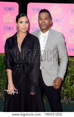 LOS ANGELES - MAY 6:  Julissa Bermudez, Maxwell at the VH1`s 2nd Annual Dear Mama: An Event To Honor Moms on the Huntington Library on May 6, 2017 in Pasadena, CA