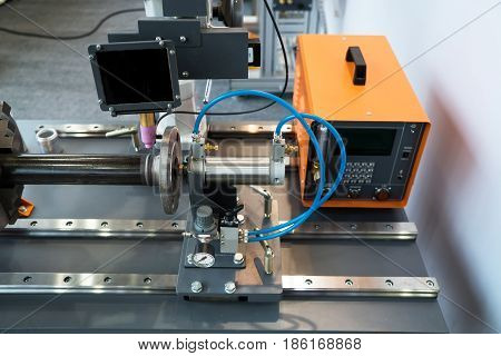 Compact welding head, Fully automatic welding process