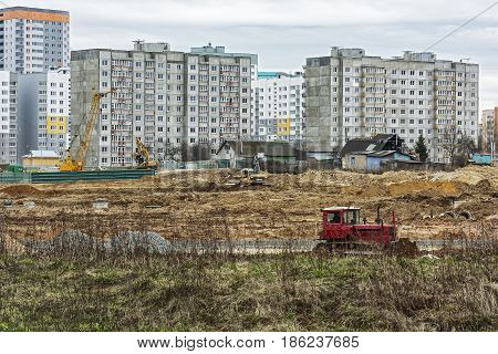 Belarus Minsk - 21.04.201: Construction of a new microdistrict on the site of the demolished private sector