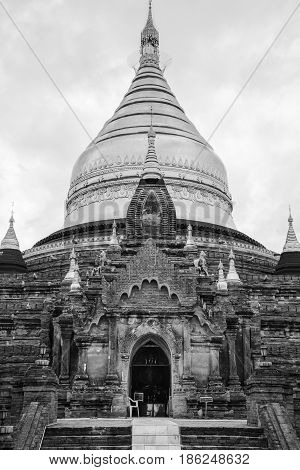 Black and white photo of Burmese temple in Bagan