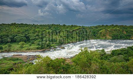 Wide view of top of Murchison Falls in Nilo River, Uganda