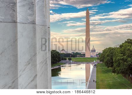 Lincoln Memorial and Washington Monument on the Reflecting Pool, Washington, DC, USA.