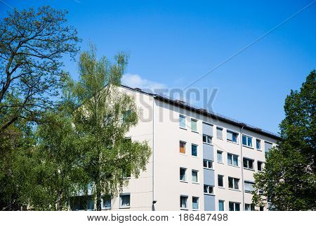 tenement house in Germany, flat, family, renting