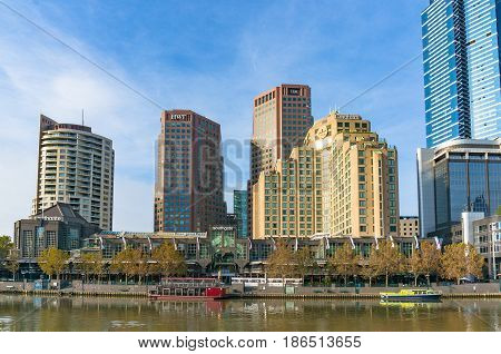 Southbank Cityscape With Langham Hotel