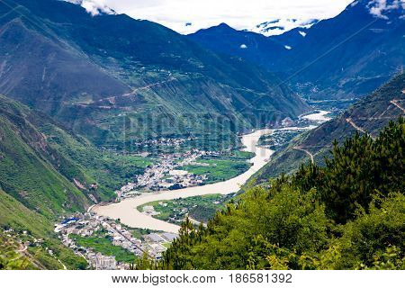 Overlook the Dadu liver and village China