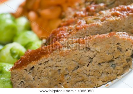 Meat Loaf With Brussels Sprouts And Carrots