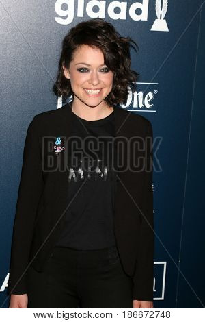 LOS ANGELES - APR 1:  Tatiana Maslany at the 28th Annual GLAAD Media Awards at Beverly Hilton Hotel on April 1, 2017 in Beverly Hills, CA