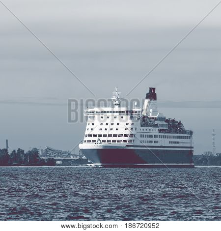 Big Cruise Liner