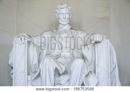 The statue of Abraham Lincoln at Lincoln Memorial in Washington - WASHINGTON DC - COLUMBIA