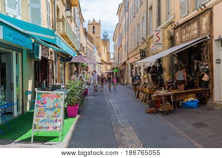 Street In The Old Town Of Aix-en-provence, South France
