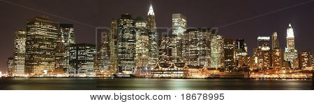 Panoramic view of Lower Manhattan skyline at Night