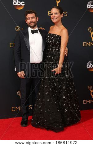 LOS ANGELES - SEP 18:  Joe Lewis, Yara Martinez at the 2016 Primetime Emmy Awards - Arrivals at the Microsoft Theater on September 18, 2016 in Los Angeles, CA