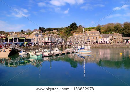 Padstow, Cornwall, Uk - April 6Th 2017: Fishing Boats And Leisure Boats Moored In Harbour In The Cor