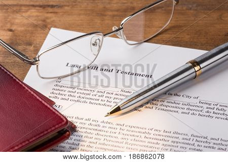 Will law document planning pen contract finance
