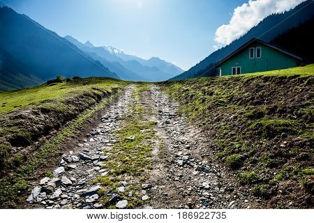 The way to country home between the mountain.