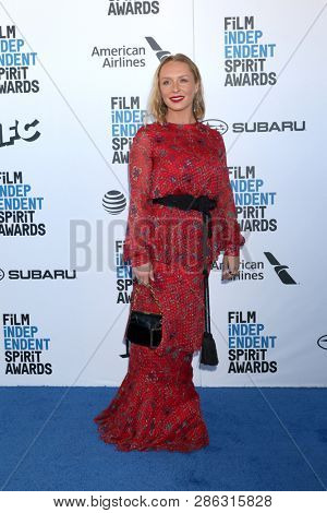 LOS ANGELES - FEB 23:  Annie Starke at the 2019 Film Independent Spirit Awards on the Beach on February 23, 2019 in Santa Monica, CA