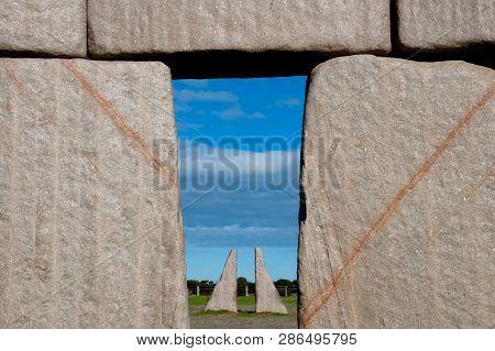 Full Stonehenge Replica - Esperance - Australia