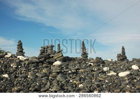 Beautiful Stone On Koh Hin Ngam , Tarutao Marine National Park In Satun Province, Thailand