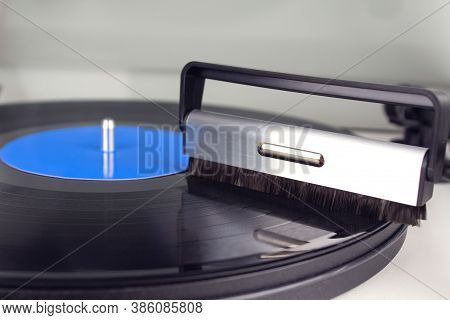 Cleaning Vinyl With Special Brush - Turntable Vinyl Record Player, Vintage Record Player. Trends In