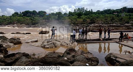 City Jabalpur, India - August 18, 2019: Asian People Wondering At Narmada River In Bhedaghat Around