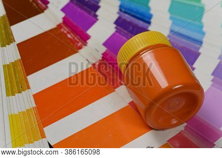 Choice Of Color For Painting With Color Palette