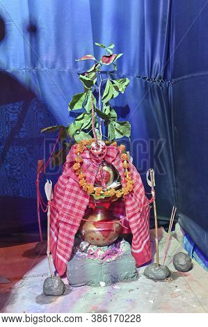 Mangalghot, Auspicious Earthen Pot, Filled With Ganges River Water, Covered With Mango Leaves, Vermi