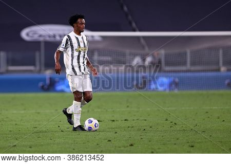 Torino, Italy. 20th September 2020. Italian Serie A. Juan Cuadrado Of Juventus Fc In Action During T
