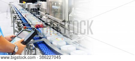 Manager Check And Control Automation Food Products Boxs Transfer On Automated Conveyor Systems In Fa