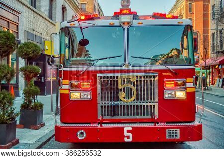 USA, New York 1.14.2015 , Lower Manhattan, United States, fire truck in town action, FDNY