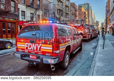 USA, New York 1.14.2015 , Lower Manhattan, United States, fire truck and firefighters in town action, FDNY