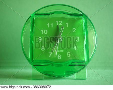 Clock Timepiece Device