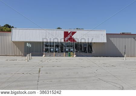 Peru - Circa September 2020: Recently Shuttered Kmart Location. Kmart Stores Are Slated For Closing