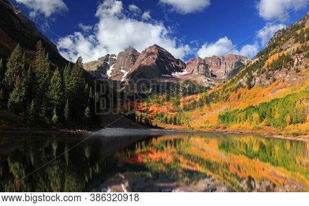 Fall foliage at scenic Maroon bells in Colorado