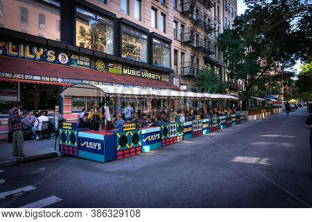 New York, Ny / Usa - September 19 2020: Busy Outdoor Restaurant In East Village, Manhattan. Covid Ou