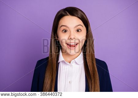 Close-up Portrait Of Her She Nice Attractive Pretty Glad Cheerful Cheery Brainy Long-haired Schoolch